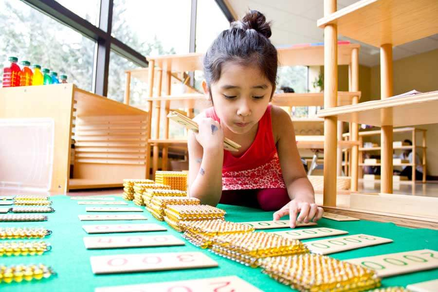 Phương pháp Montessori giúp trẻ hoạt động độc lập