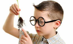 Trí thông minh nội tâm giúp trẻ luôn tư duy độc lập và không bị ảnh hưởng bởi số đông