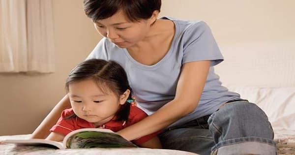 Mẹ dạy học cho bé