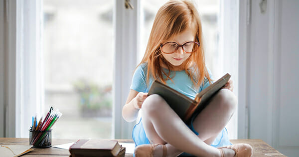 Đọc sách giúp trẻ phát triển tư duy